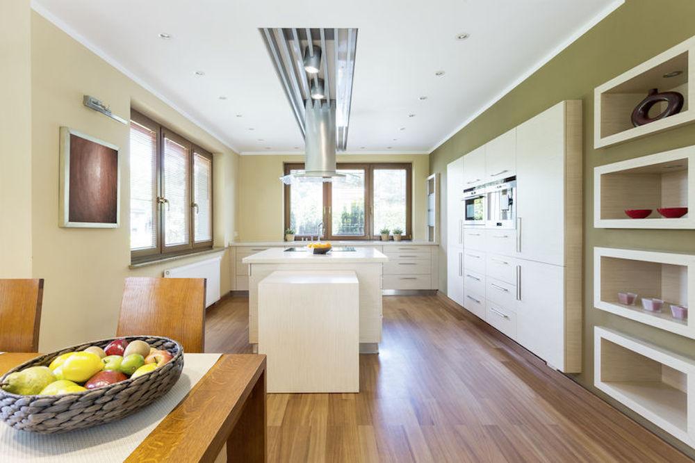 3 Design Trends for Open Shelf Cabinets