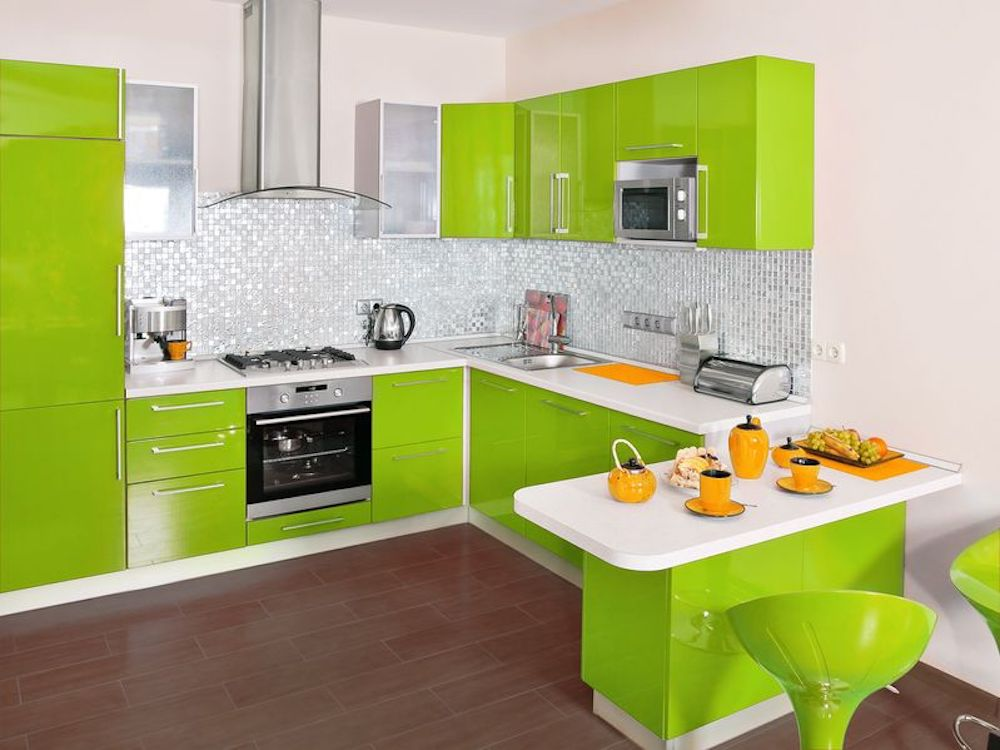 3 Reasons To Go With Colored Cabinets In Your Home