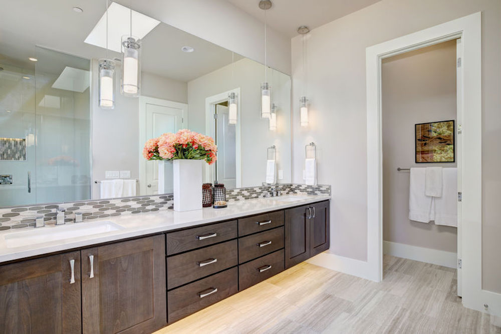 3 Excellent Bathroom Cabinet Trends To Consider