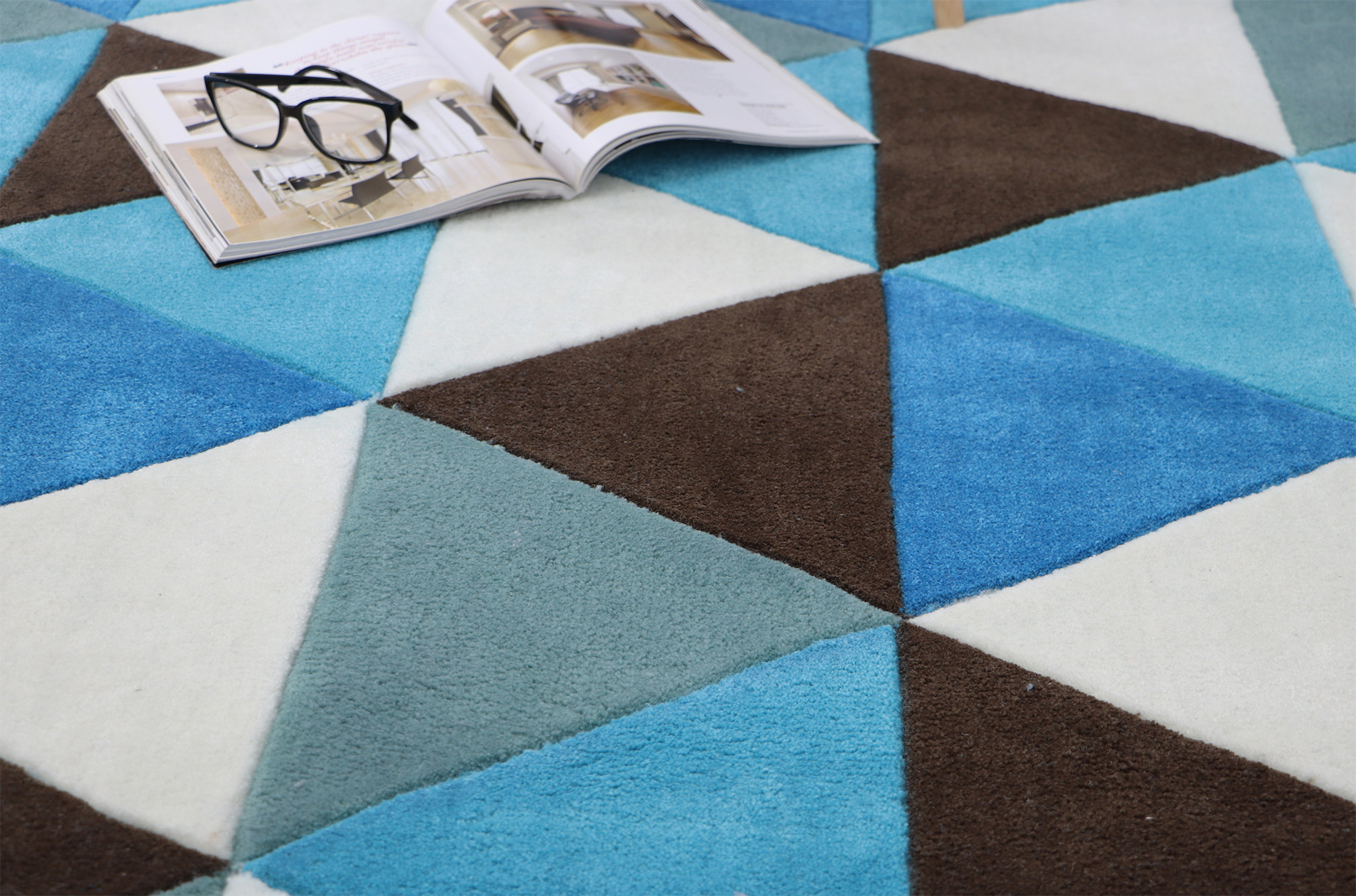 High-End Carpeting that Creates a Modern Look